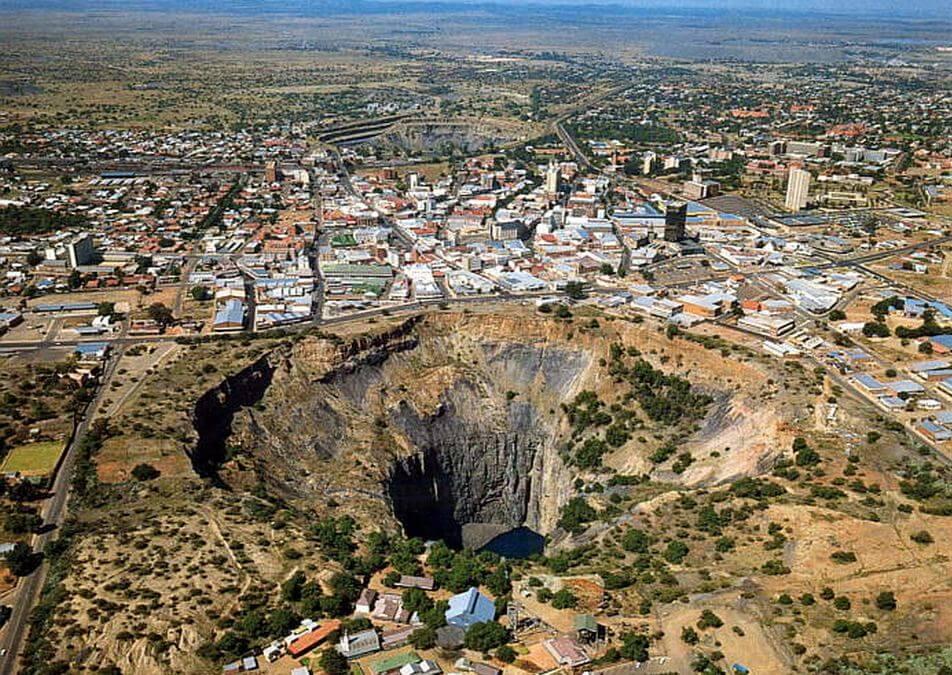 The-Big-Hole-Kimberley-South-Africa