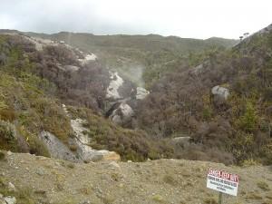 800px-Burning_mine_near_Denniston,_New_Zealand