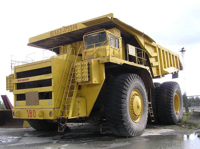 800px-BelAZ_haul_truck