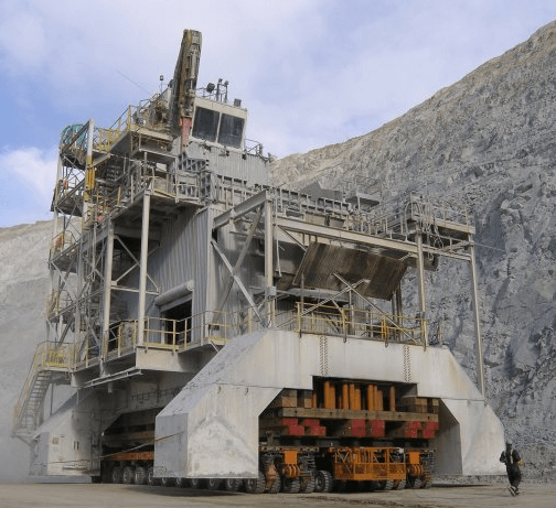 Terex movable crusher