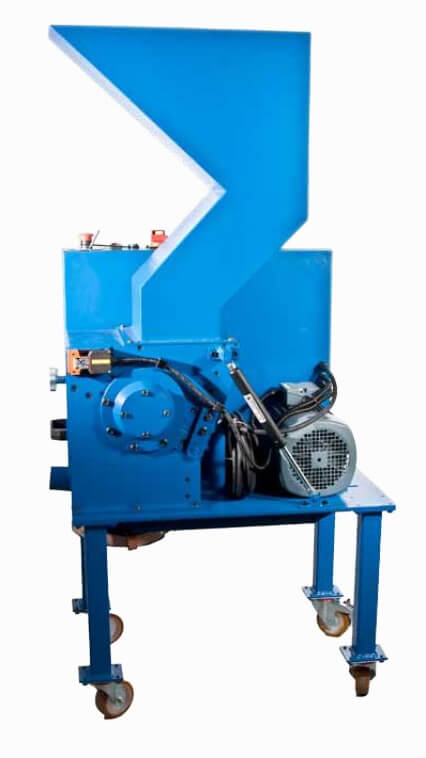 cutting mill for recycling electronic scrap