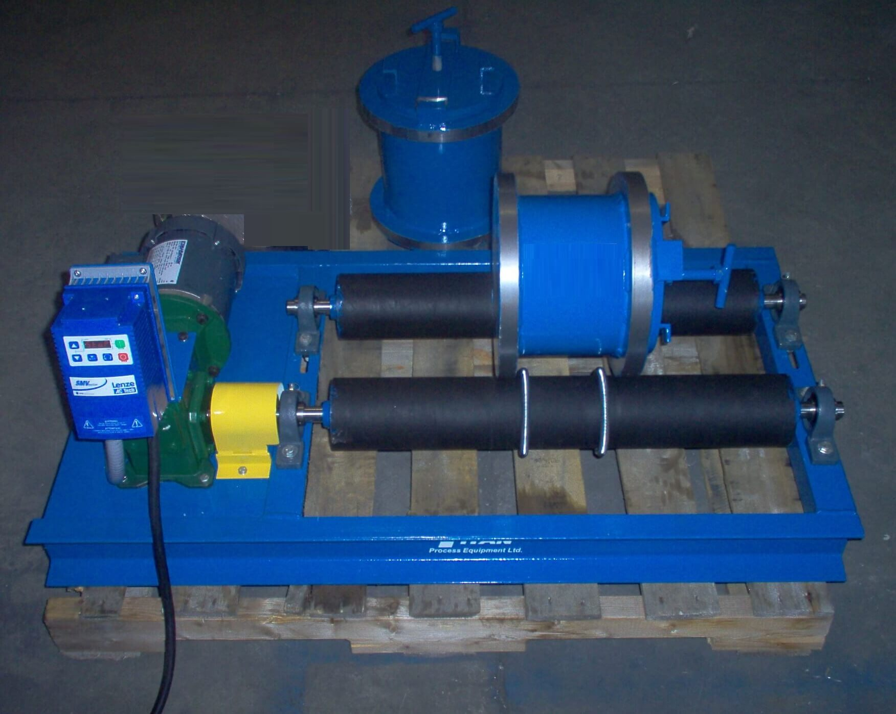 laboratory ball mill on rollers