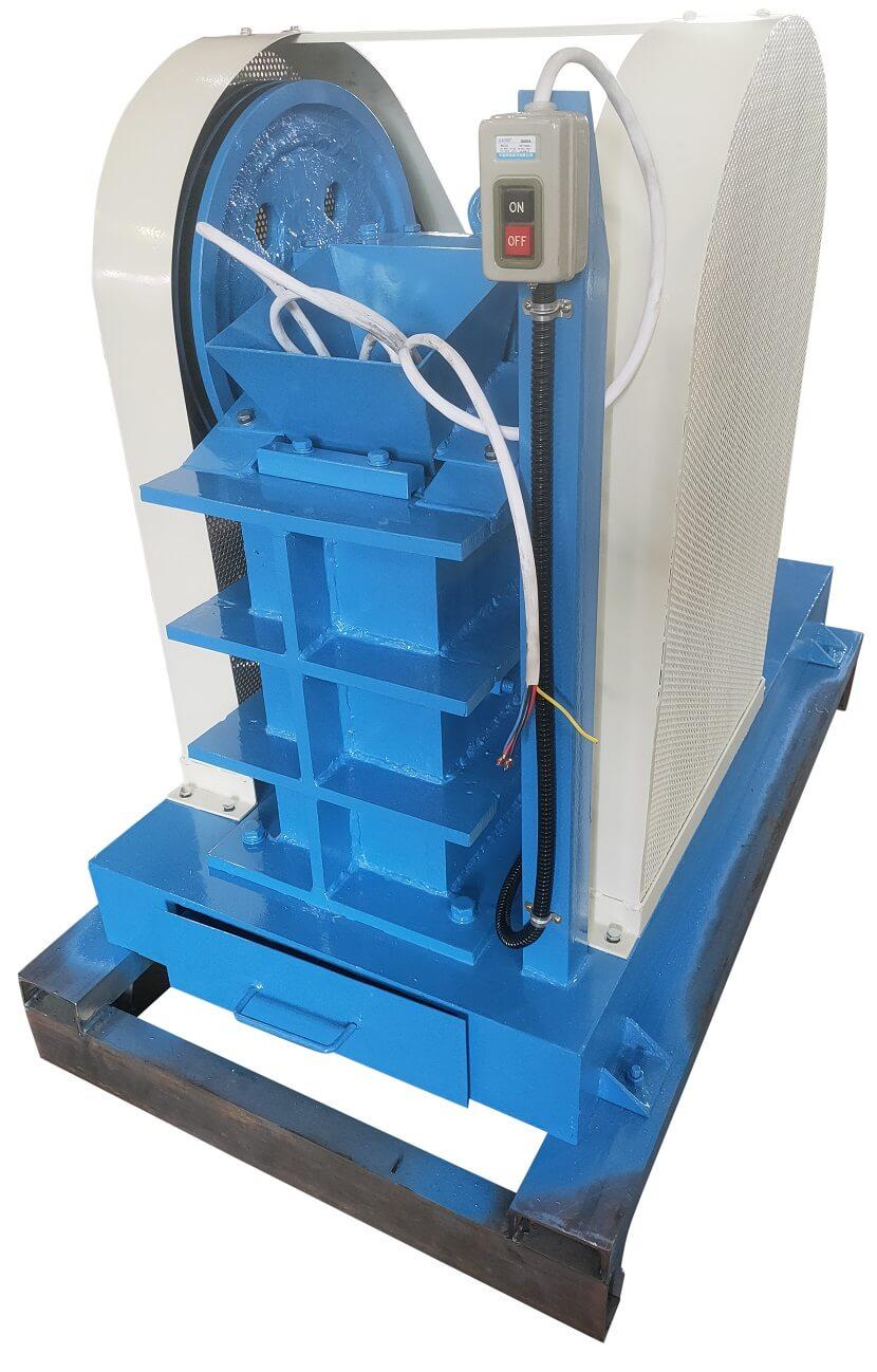 laboratory crusher (2)