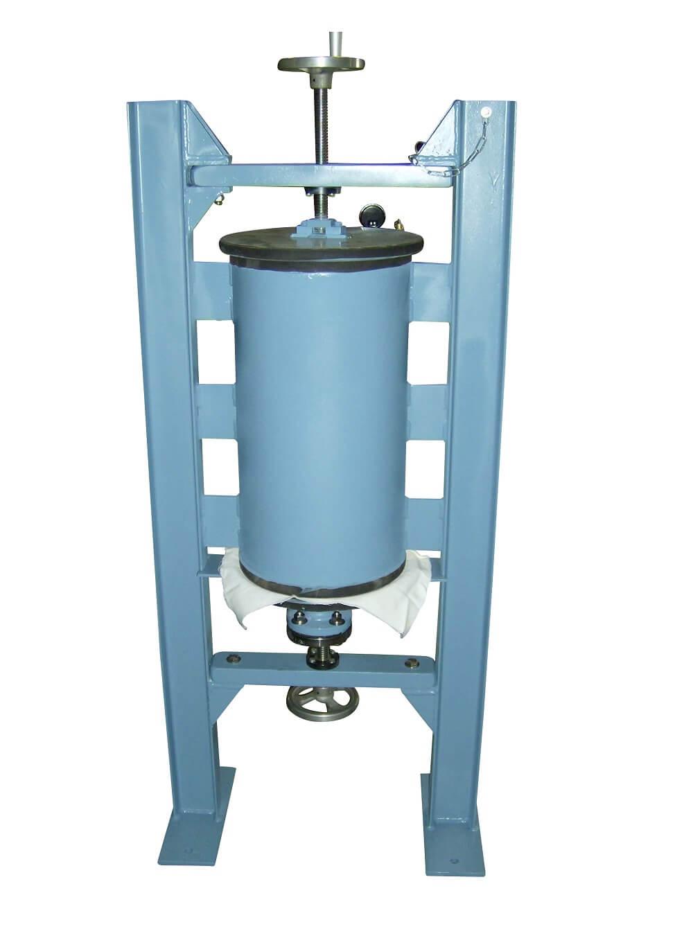 laboratory sample pressure filter (10)