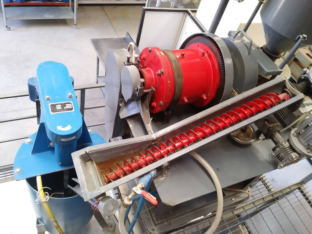 small grinding mill (4)