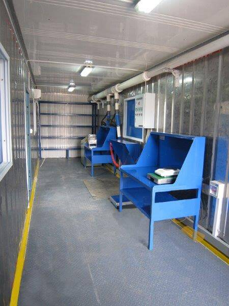 shipping container laboratory (17)