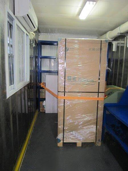 shipping container laboratory (29)
