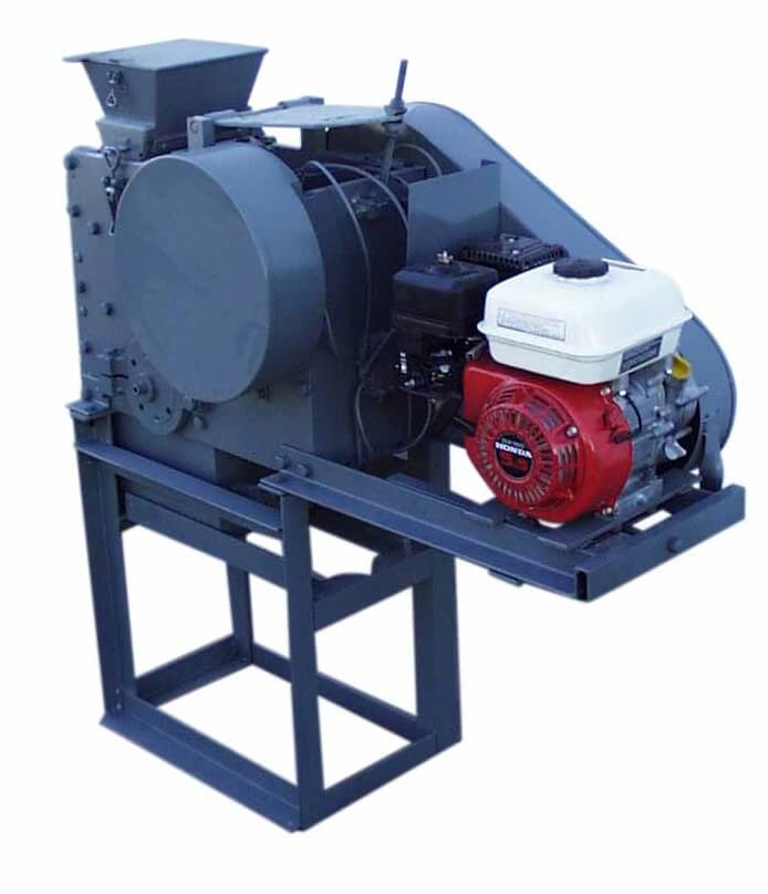 portable rock crusher with gasoline motor (6)
