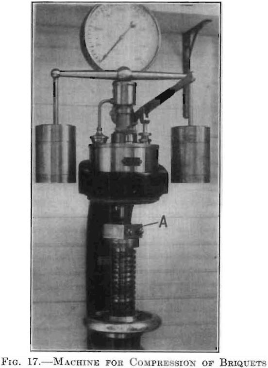 machine for compression of briquets