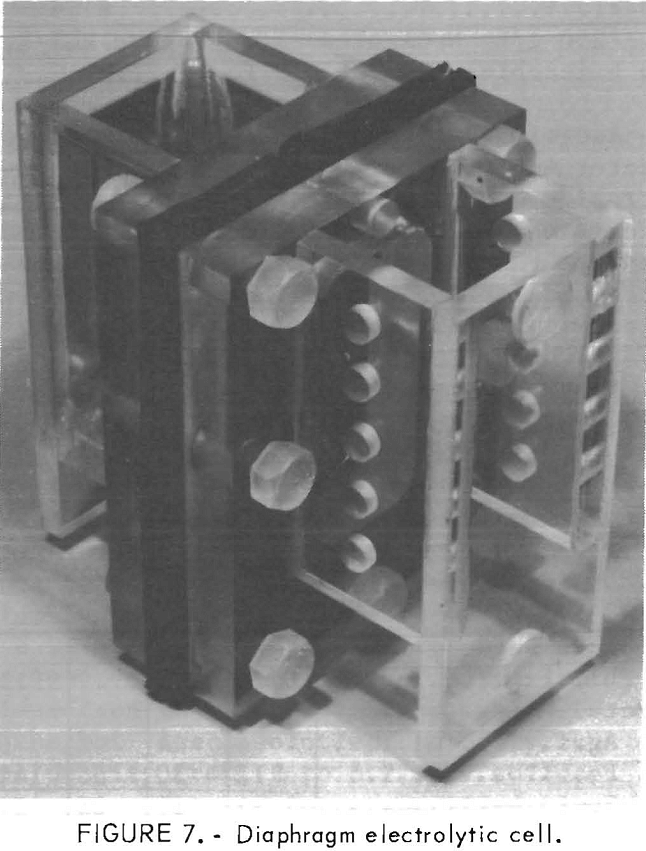 leach-solution electrolytic cell